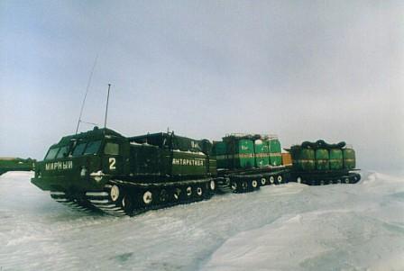 Вездеходы амфибии Витязь ДТ-30П с третьим звеном для Арктики и других экстремальных условий эксплуатации