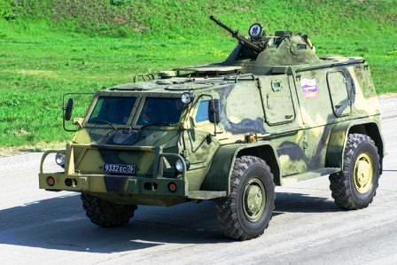Водник ГАЗ-3937 VS Hammer H1.