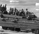 В чешуе, как жар горя 353 богатыря. GMC DUKW-353 высадка десанта союзный войск в Нормадии