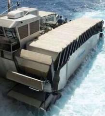 Гусеничный пловец - марафонец. UHAC (Ultra Heavy-Lift Amphibious Connector)