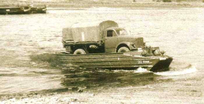 К-61 Гусеничный-плавающий транспортер