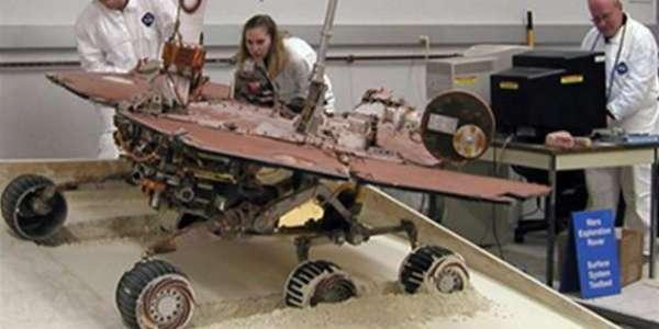 Операция по спасению «Спирита», до трактора 500 млн. километров. Команда управления эксперементирует