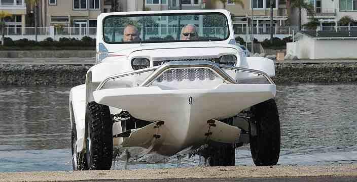 Пантера воды не боится. WaterCar Panther