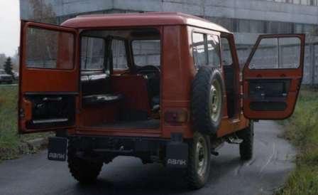 Первый, отечественный, гражданский Джип Москвич-2150 АЗЛК. Большая и удобная третья дверь