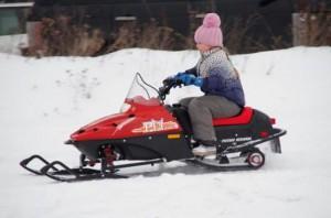 Снегоходы для детей – веселый отдых на свежем воздухе