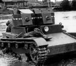 Советский ТММ-1 и Английский Виккерс - родня. На фото танк T-26