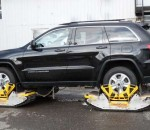 Тест-драйв Jeep Grand Cherokee на дороге, без дороги и глубоком снегу
