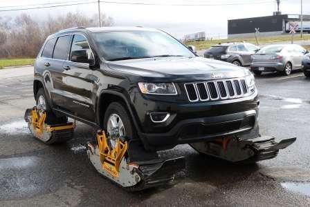 Тест-драйв Jeep Grand Cherokee на дороге, без дороги и глубоком снегу. Вездеход на гусеницах Track N Go