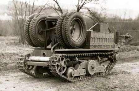 Тяни-толкай в армии. ADMK Austro Daimler гусеничный вездеход, колеса сложены в походное состояние