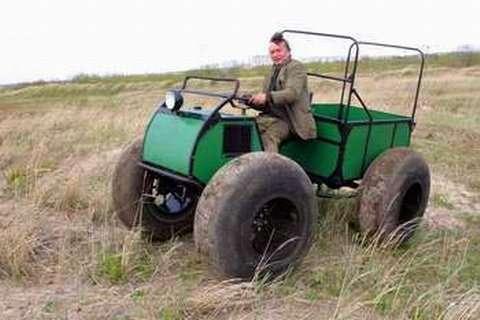 Уменьшили Кировец - получился Арап. Вездеход мини трактор.