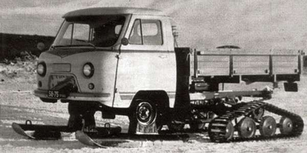 Ухтыш! ... э-т-о УАЗ. УАЗ-451С Лыжи вместо передних колес