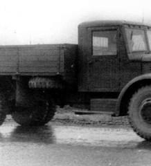200-ка Ярославская. ЯАЗ-200 (МАЗ-200)