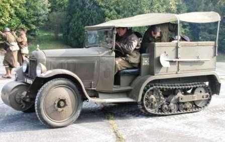 Citroen C4-P17 в 20 веке был главным гусеничным тягачом Французской армии. На реконструкции событий войны 1939-1945