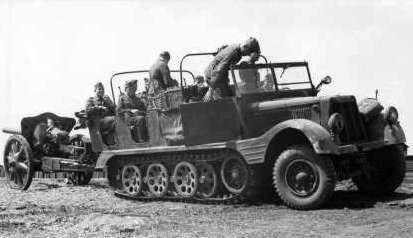 SdKfz 11 – машина вермахта, овеянная историей. Артиллерийский тягач