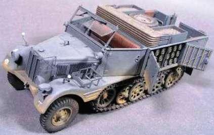 SdKfz 11 – машина вермахта, овеянная историей. SdKfz 11-4 дымовая завеса