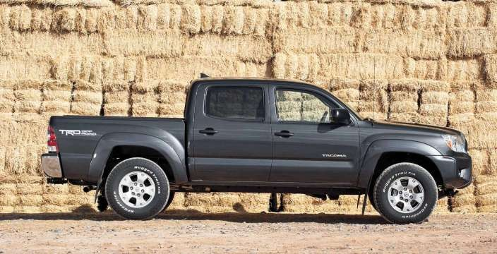 Toyota Tacoma - фермер или Американская версия Toyota Hilux
